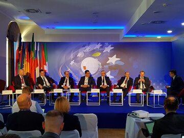 """Debata """"Dostępność komunikacyjna"""",  XXIX Forum Ekonomiczne w Krynicy"""