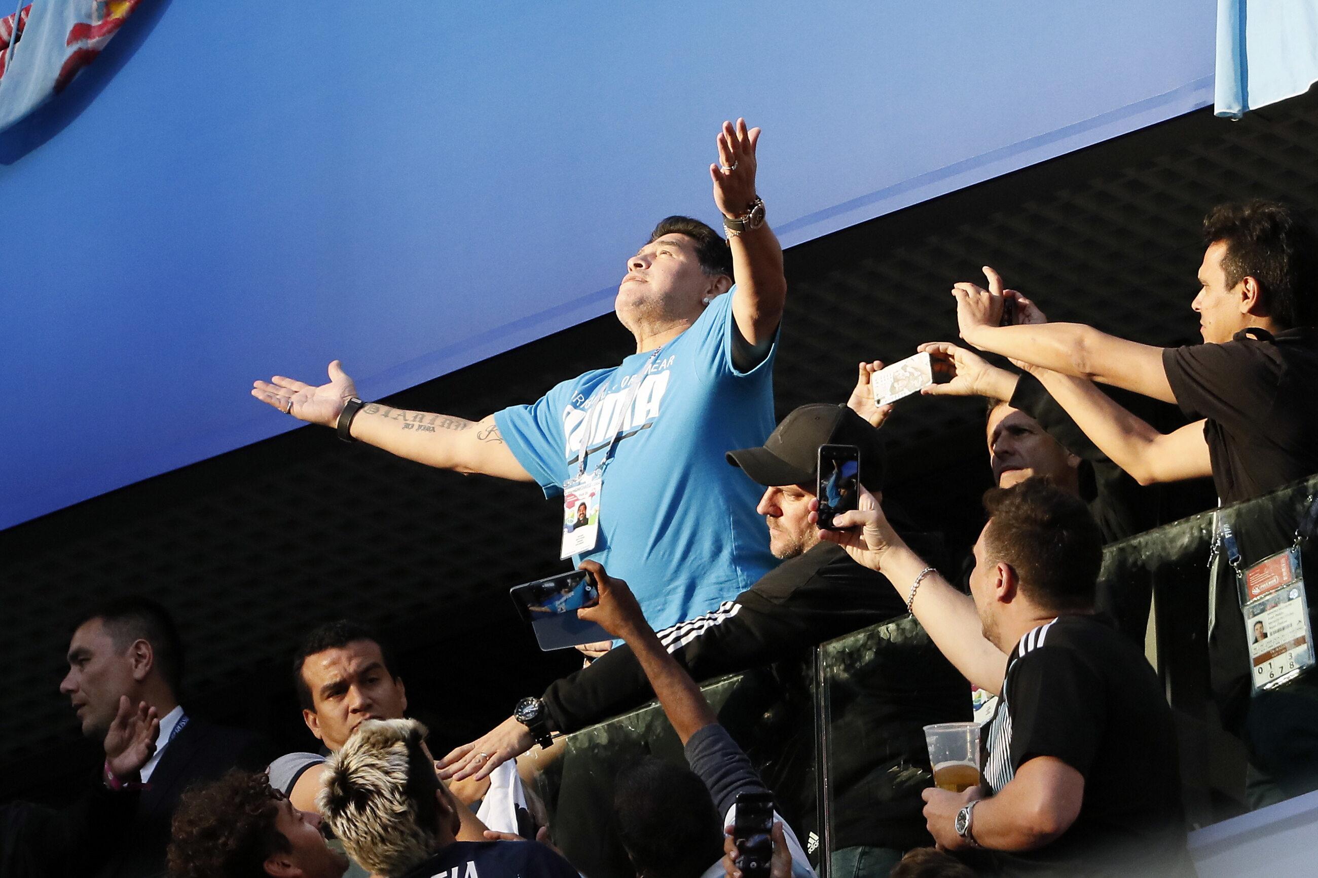 Diego Maradona na trybunach