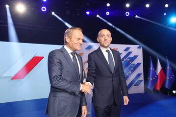 Donald Tusk i Borys Budka podczas posiedzenia Rady Krajowej Platformy Obywatelskie