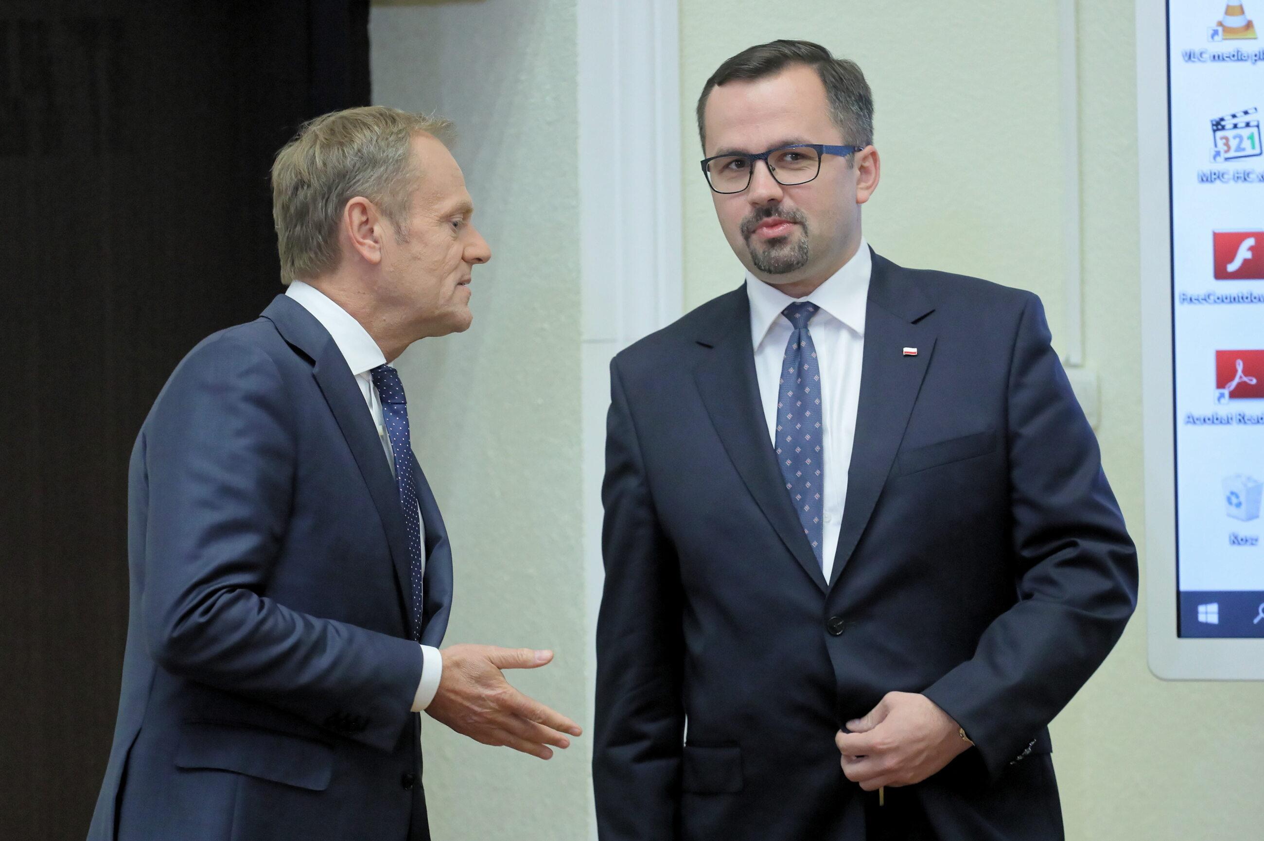 Donald Tusk, Marcin Horała
