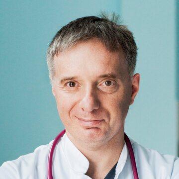 Dr Paweł Basiukiewicz