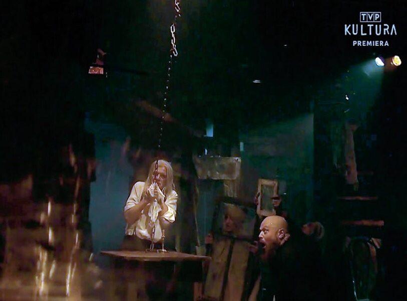 """""""Dziady – Noc Pierwsza"""", reż. Piotr Tomaszuk, teatr Wierszalin. Premiera teatralna: 29 października 2016 r. Premiera realizacji telewizyjnej: TVP Kultura, 17 listopada 2020 r."""