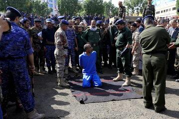 Egzekucja pedofilów w Jemenie