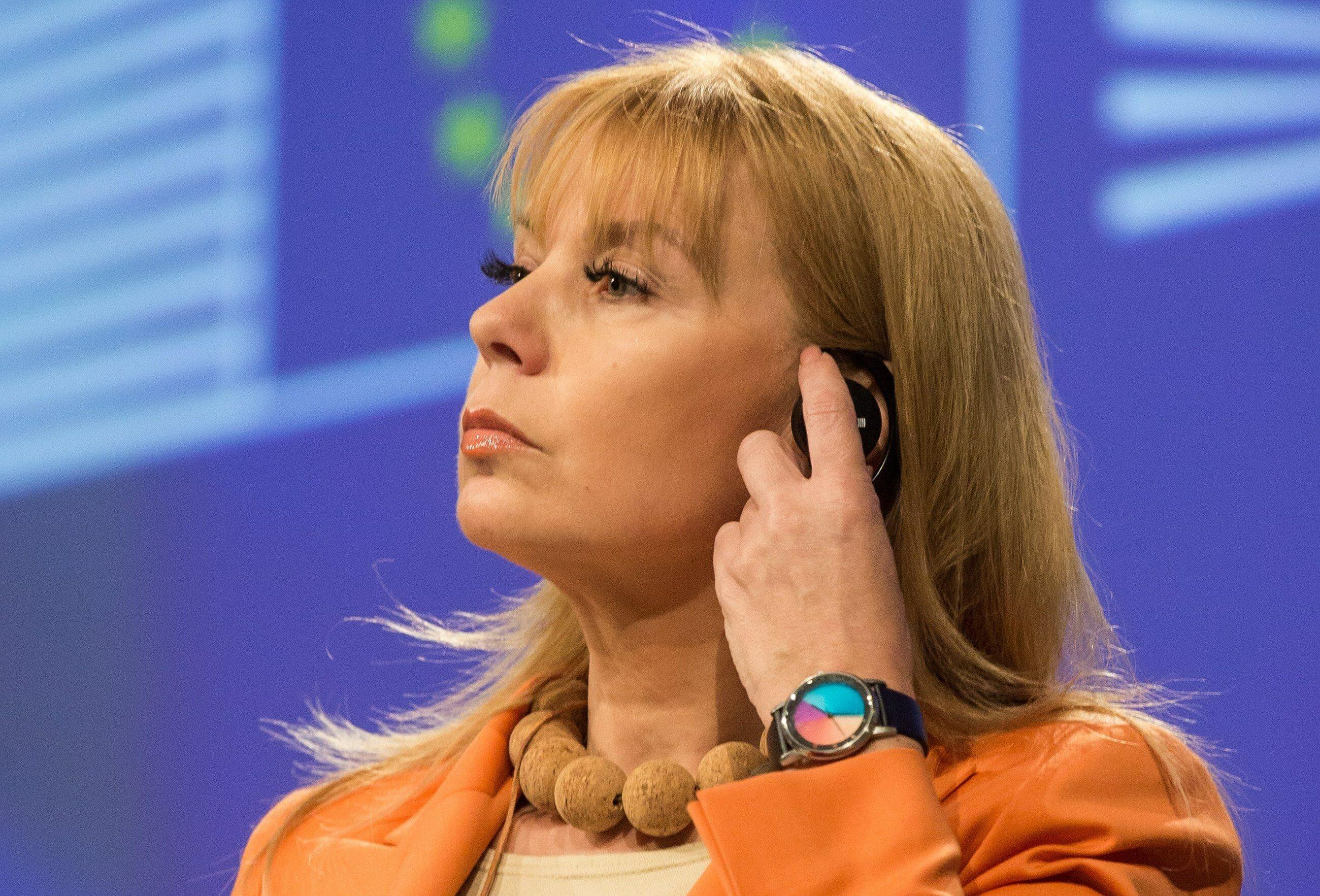 Elżbieta Bieńkowska, komisarz UE