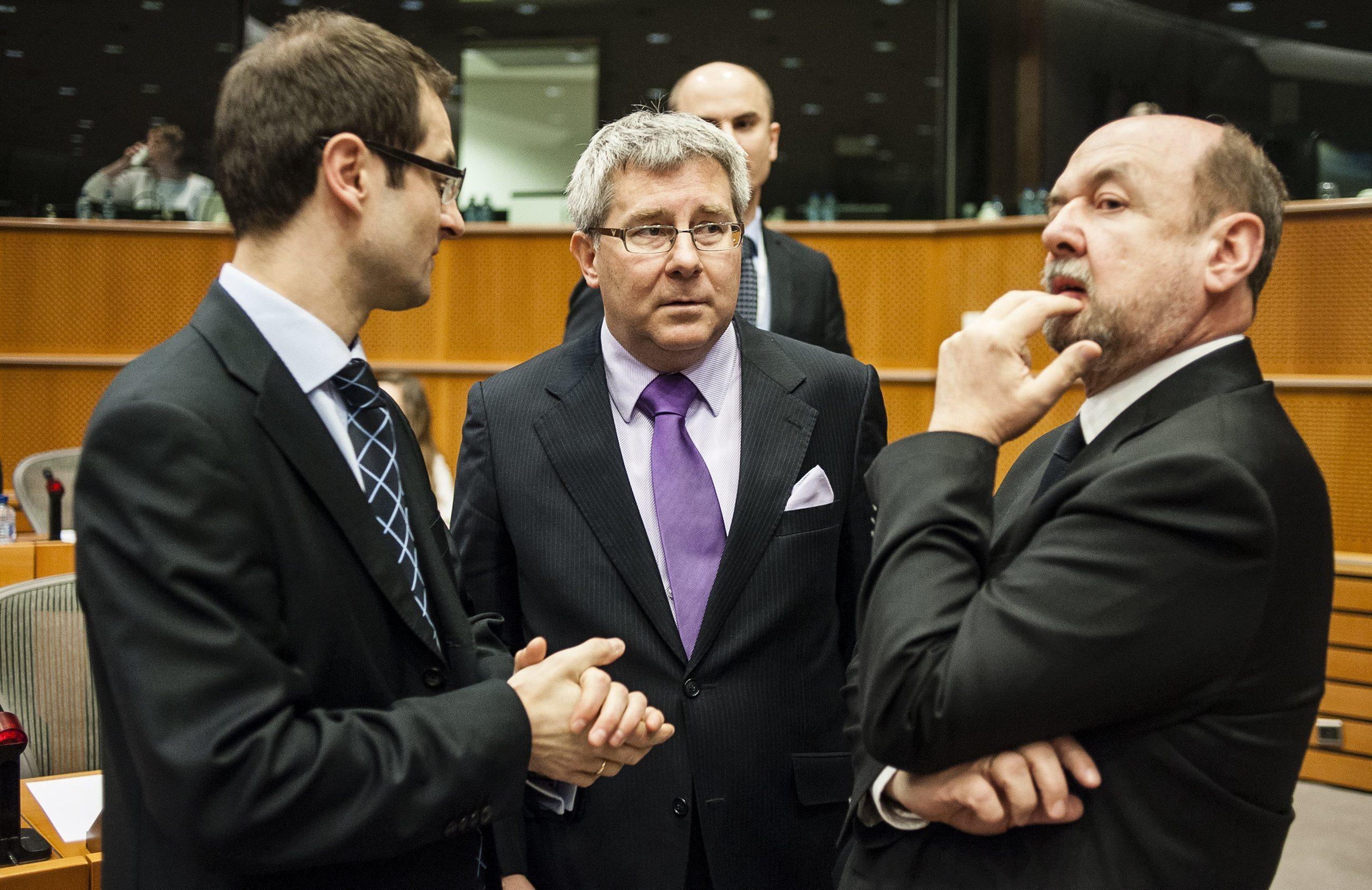 Europosłowie Prawa i Sprawiedliwości Tomasz Poręba, Ryszard Czarnecki i Ryszard Legutko
