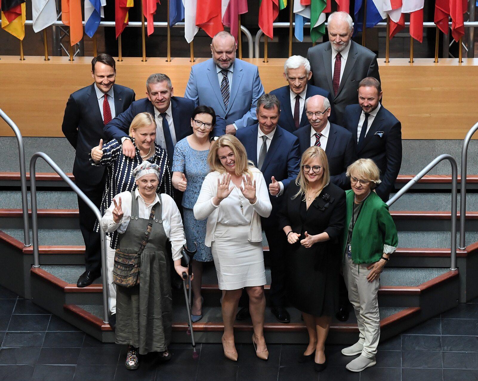 Europosłowie wybrani z list Koalicji Europejskiej