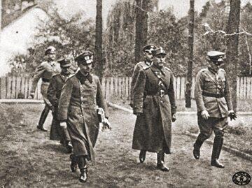 Gen. Tadeusz Kutrzeba i gen. Johannes Blaskowitz (z prawej) w drodze na rozmowy w sprawie kapitulacji Warszawy, 27 września 1939