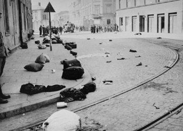 Getto w Krakowie w trakcie akcji likwidacyjnej, marzec 1943 r.