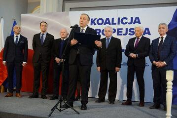 Grzegorz Schetyna, Jerzy Buzek, Kazimierz Marcinkiewicz, Włodzimierz Cimoszewicz, Leszek Miller, Marek Belka i Radosław Sikorski