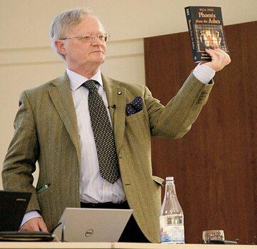 Henry Sire za książkę o Franciszku został już zawieszony przez zakon maltański