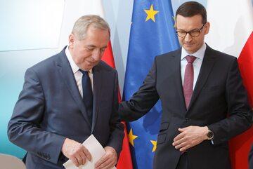 Henryk Kowalczyk i Mateusz Morawiecki podczas konferencji prasowej