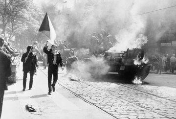 """Interwencja w Czechosłowacji, operacja """"Dunaj"""""""