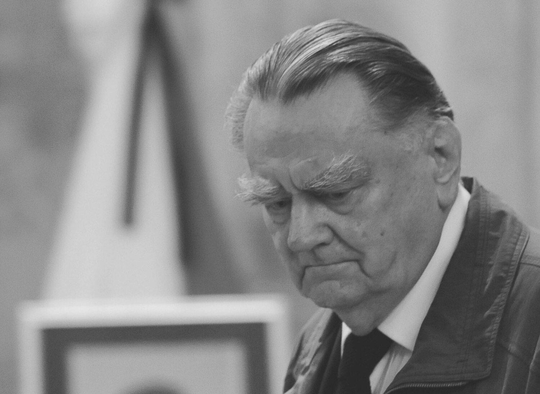 Jan Olszewski (1930-2019)