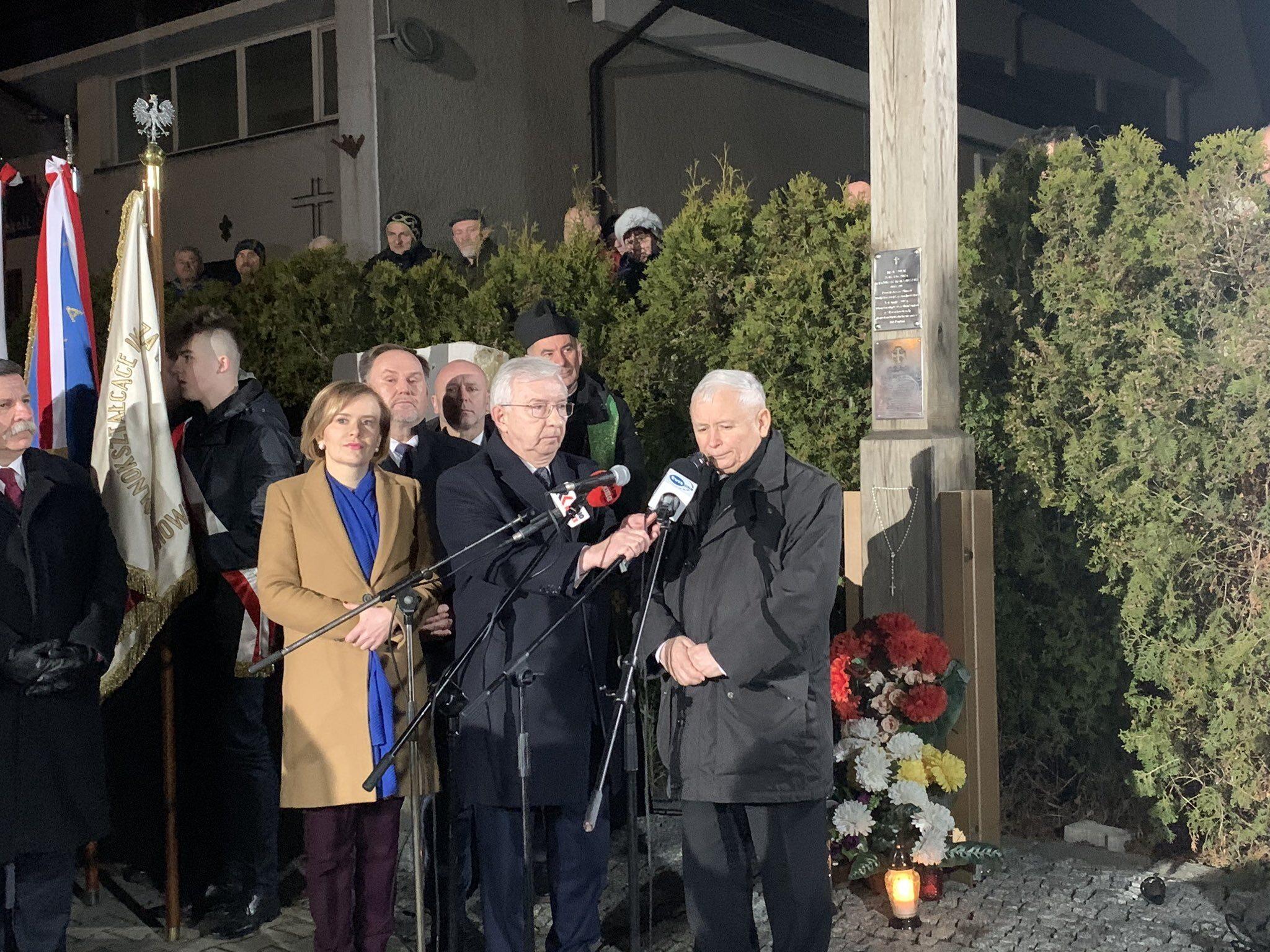 Jarosław Kaczyński w Starachowicach w 7. rocznicę śmierci Jadwigi Kaczyńskiej.
