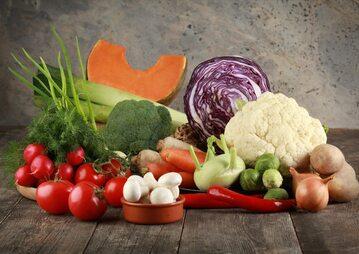 Jedzenie owoców i warzyw ma same pozytywne skutki dla naszego zdrowia,