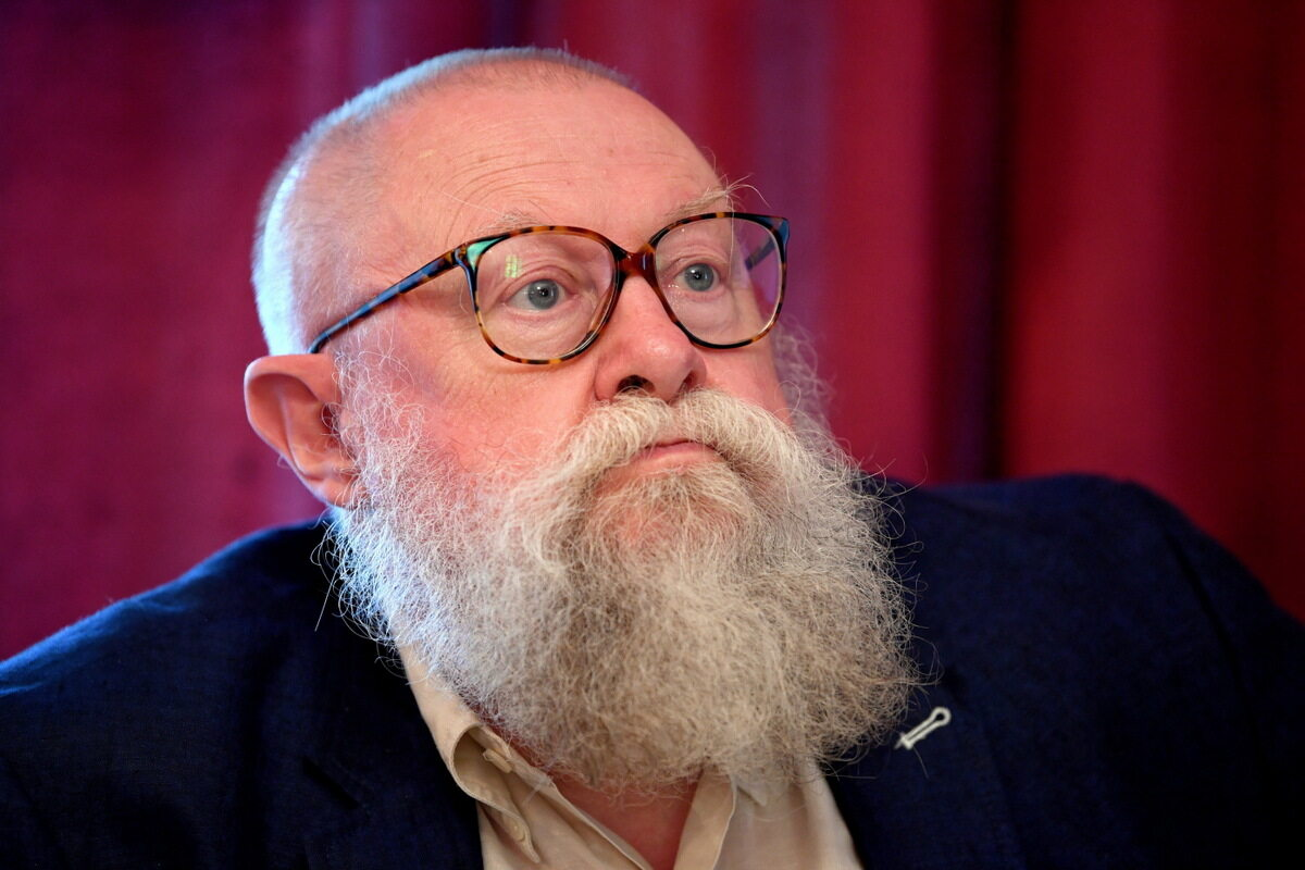 Językoznawca prof. Jerzy Bralczyk