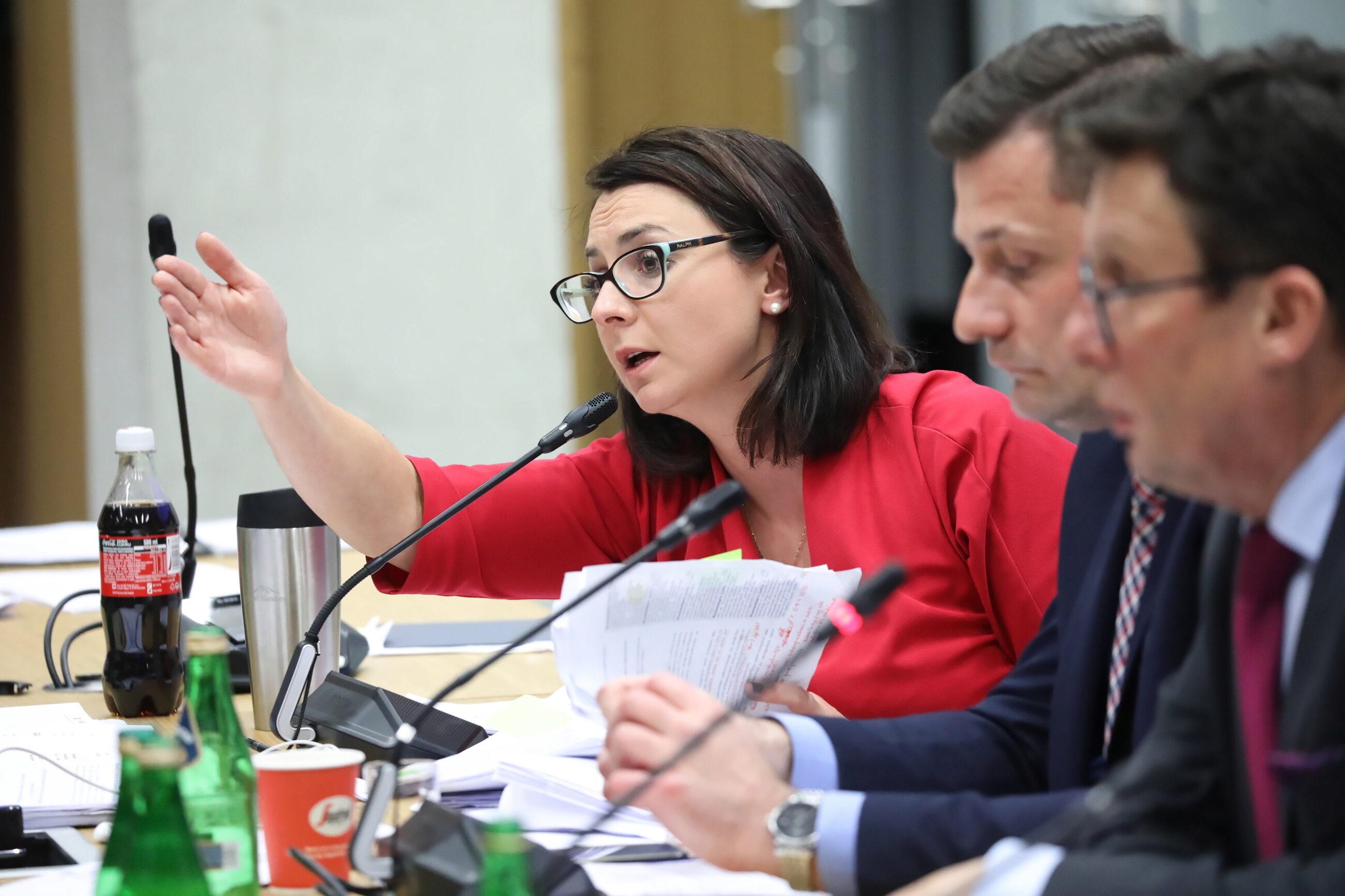 Kamila Gasiuk-Pihowicz, KO