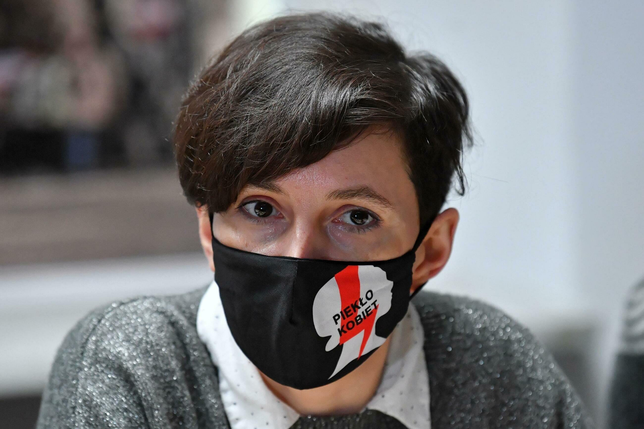 Klementyna Suchanow z Ogólnopolskiego Strajku Kobiet