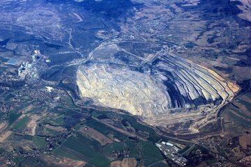 Kopalnia węgla brunatnego w Turowie, zdjęcie lotnicze
