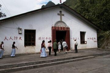 Kościół w Fugong w Chinach. Zdjęcie: Creative Commons / Gerard Willemsen
