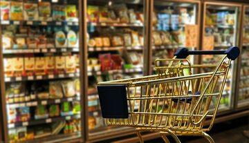 Koszyk w sklepie, zdjęcie ilustracyjne