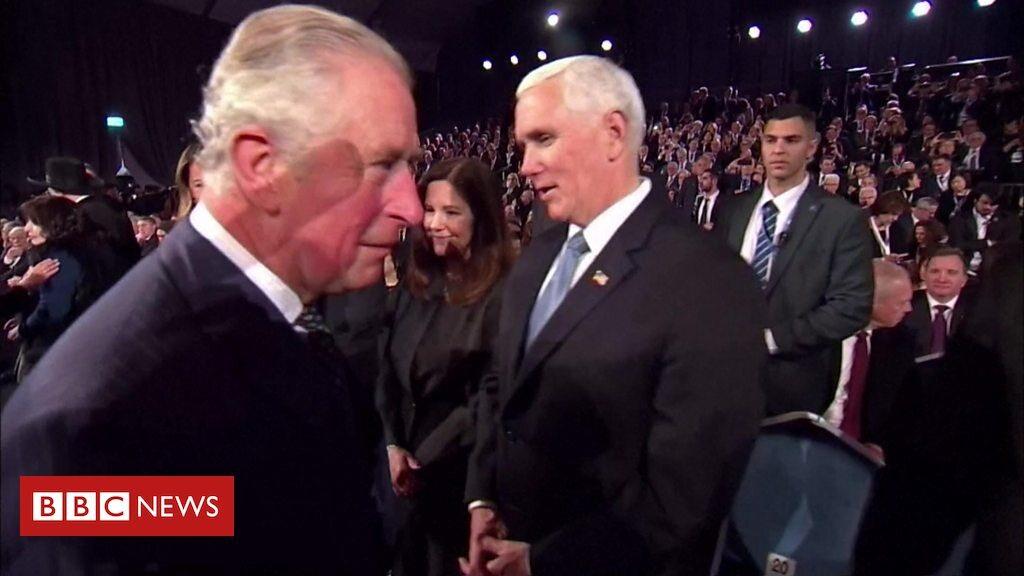 Książę Karol i Mike Pence podczas ceremonii w Yad Vashem