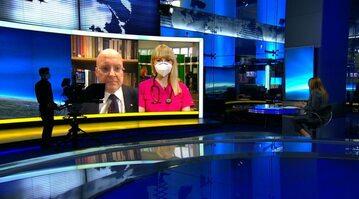 """Lekarz Mariusz Gujski (na ekranie po lewej) był gościem """"Faktów po faktach"""" w TVN24"""