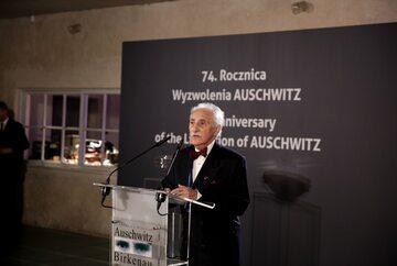 Leon Weintraub podczas obchodów wyzwolenia Auschwitz