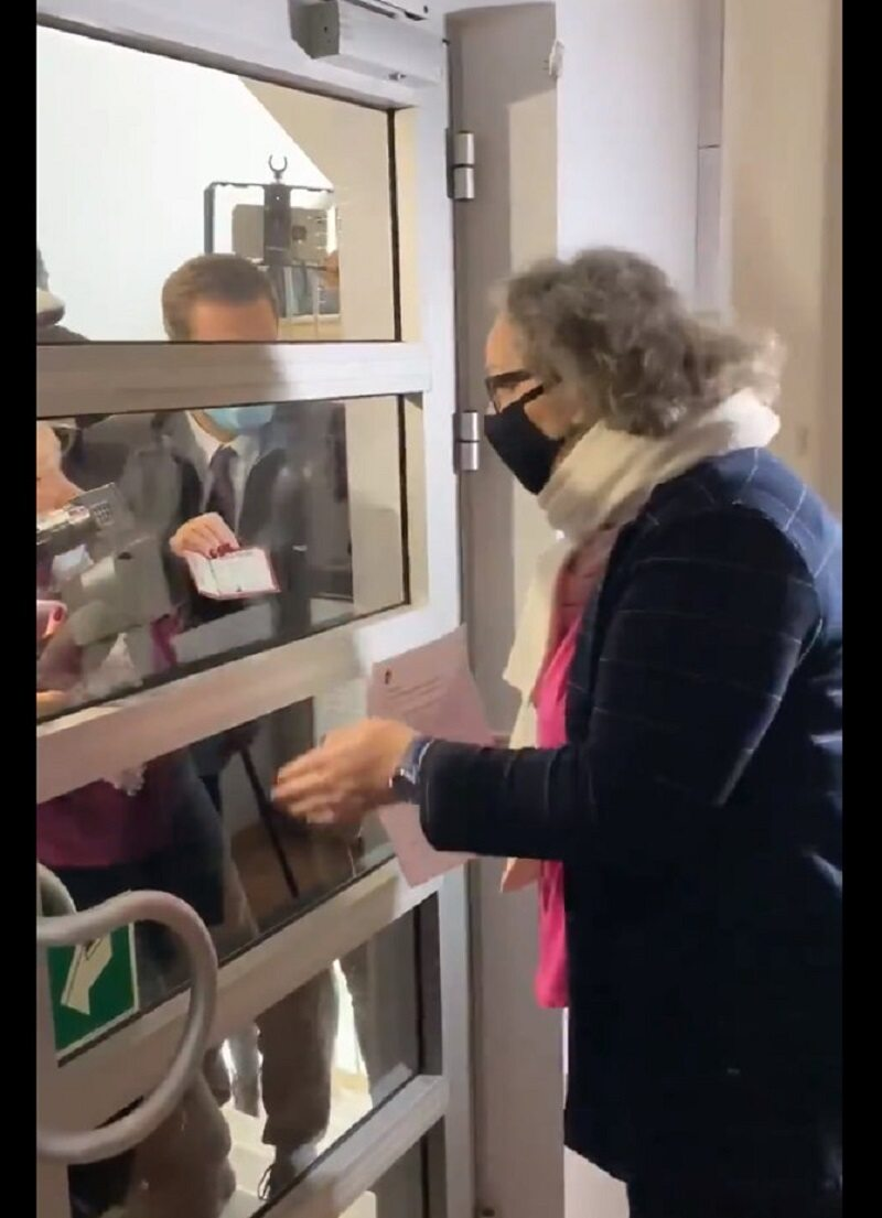 Liderka Strajki Kobiet Marta Lempart nie wpuściła na konferencję prasową dziennikarzy, którzy nie sprzyjają radykalnym działaniom organizacji.
