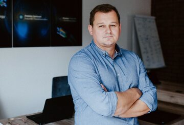 Łukasz Węglarz – Prezes Zarządu Polskiego Centrum Fotoniki i Światłowodów koordynatora Klastra Fotoniki i Światłowodów