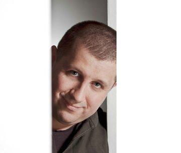 """Marcin Wicha, autor książki """"Rzeczy, których nie wyrzuciłem"""""""