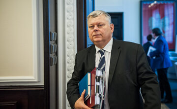 Marek Suski podczas posiedzenia rządu