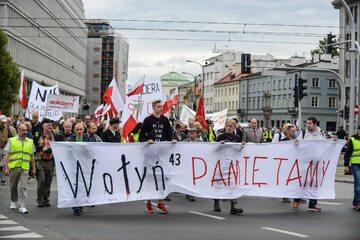 Marsz upamiętniający ofiary rzezi wołyńskiej