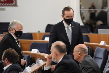 Marszałek Senatu Tomasz Grodzki oraz senatorowie KO
