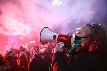 Marta Lempart podczas protestu w Warszawie