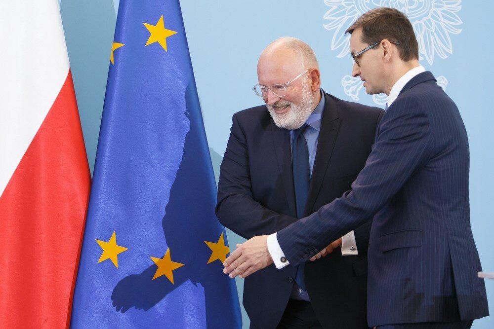 Mateusz Morawiecki i Frans Timmermans podczas spotkania w Warszawie