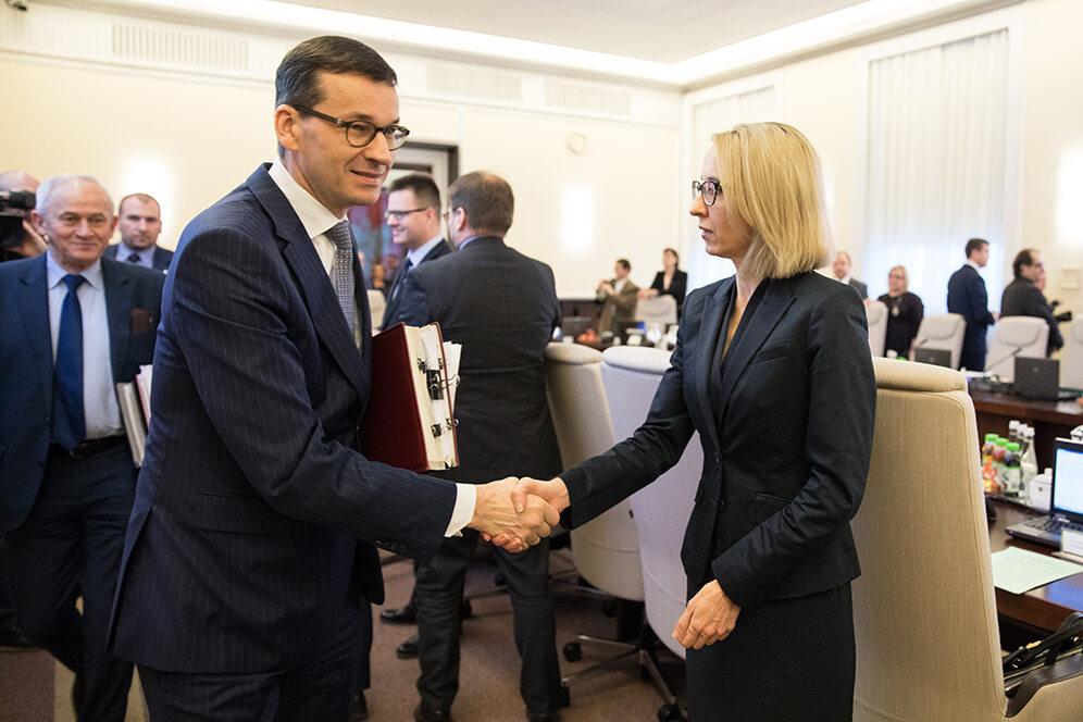 Mateusz Morawiecki i Teresa Czerwińska podczas posiedzenia rządu