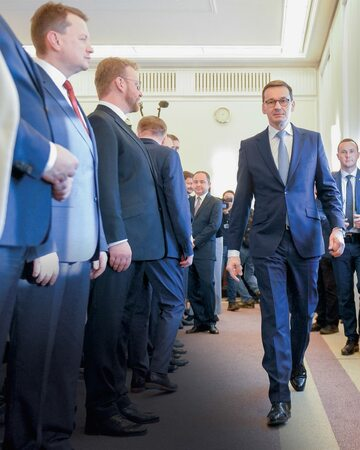 Mateusz Morawiecki na posiedzeniu rządu