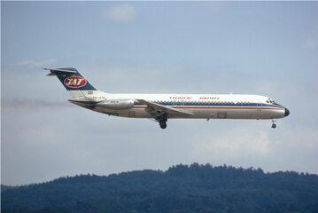 McDonnell Douglas DC-9 linii lotniczych JAT. Maszyna tego typu uległa katastrofie w Srbskiej Kamenicy.