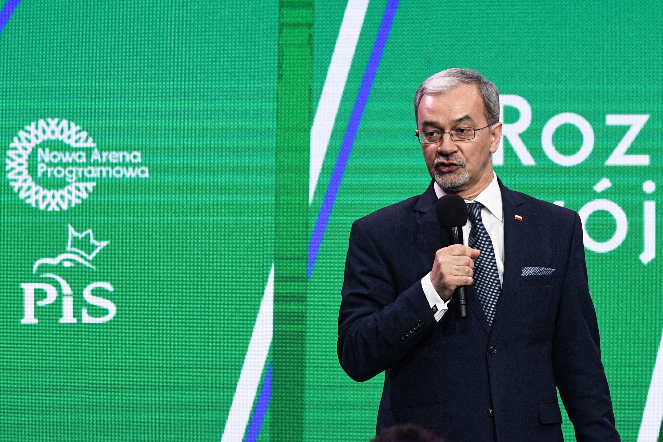 Minister inwestycji i rozwoju Jerzy Kwieciński