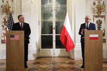 Minister spraw zagranicznych RP Jacek Czaputowicz (P) i sekretarz stanu Stanów Zjednoczonych Mike Pompeo