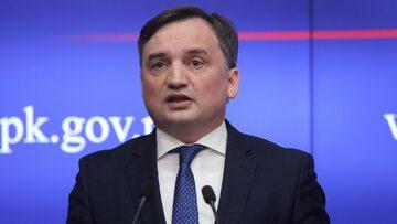 Minister sprawiedliwości, prokurator generalny Zbigniew Ziobro podczas briefingu prasowego