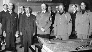 Neville Chamberlain, Édouard Daladier, Adolf Hitler i Benito Mussolini, Galeazzo Ciano. Monachium, 29 września 1938