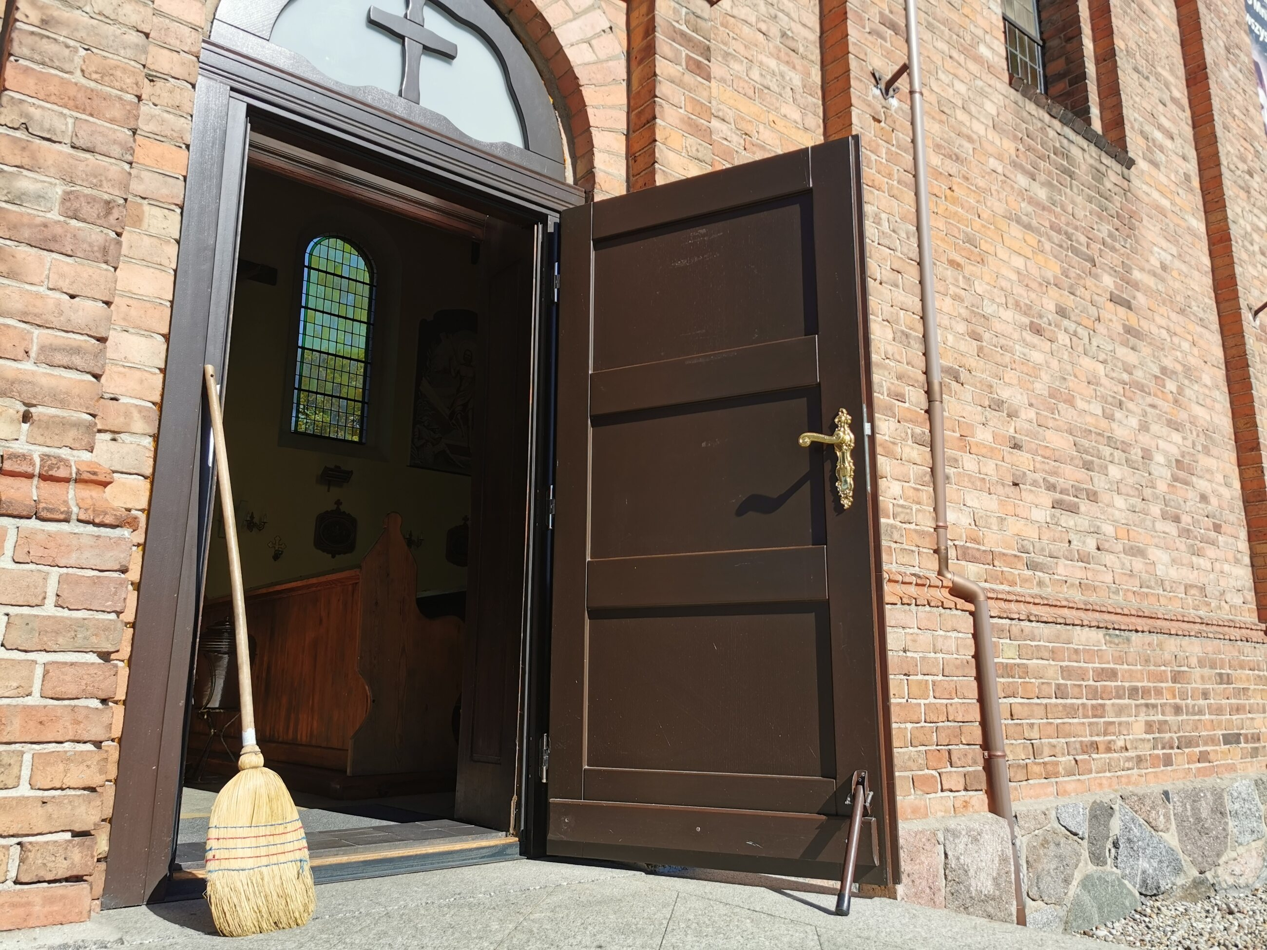 Nie wolno nam w Kościele zamiatać pod dywan