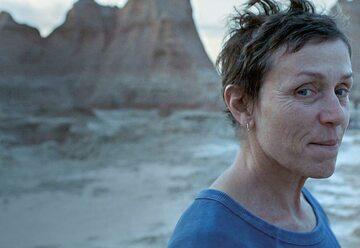 """""""Nomadland"""" w polskich kinach premierę ma mieć 19 marca"""