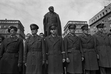 Nowa Huta, 04.1978. Uroczystości w przeddzień 108. rocznicy urodzin Włodzimierza Lenina