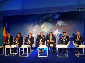 """panel """"Stacja Gospodarka"""" na 29. Forum Ekonomicznym w Krynicy"""