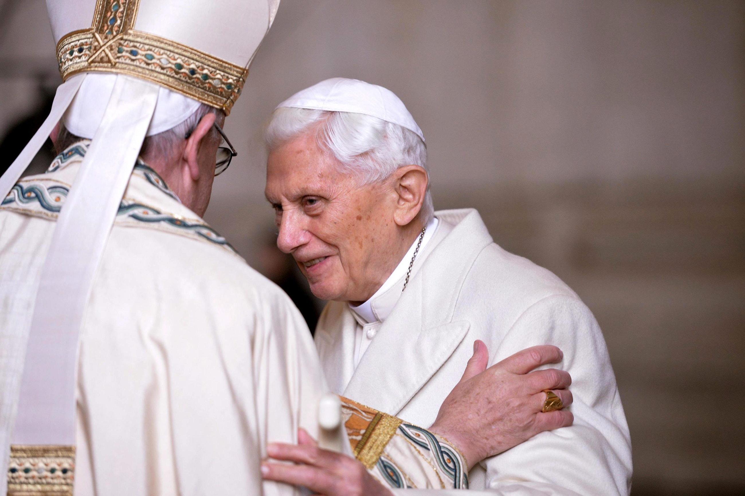 Papież Franciszek, papież senior Benedykt XVI