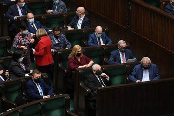 Parlamentarzyści PiS w Sejmie. Zdjęcie ilustracyjne