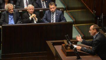 Paweł Kukiz i Jarosław Kaczyński w Sejmie